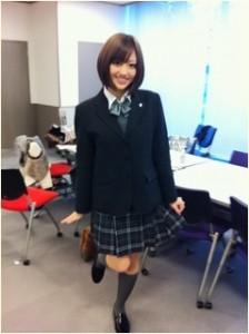 菊地亜美 制服