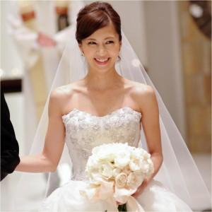 安田美沙子 ドレス