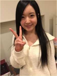 須藤凜々花 髪型
