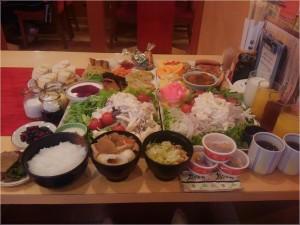 中西学 食事