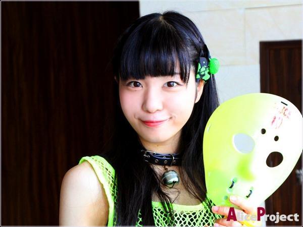 桜雪 仮面女子