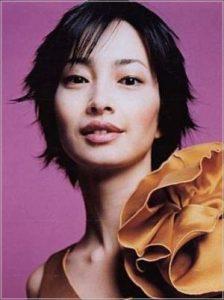 りょう 髪型 女優