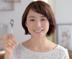 石田ゆり子 画像