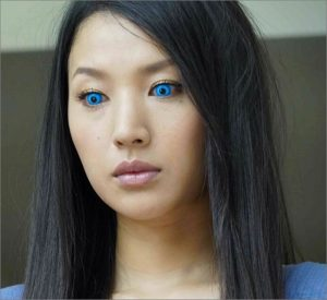 芦名星 画像 青い目