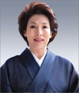 波乃久里子 夫