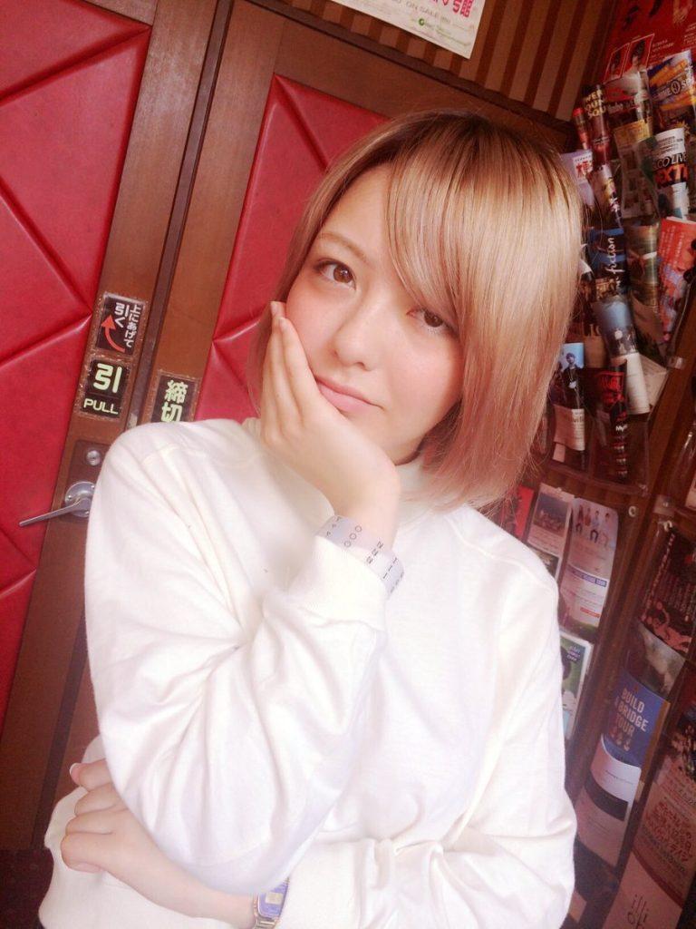 【yonige】 牛丸ありさ かわいい画像